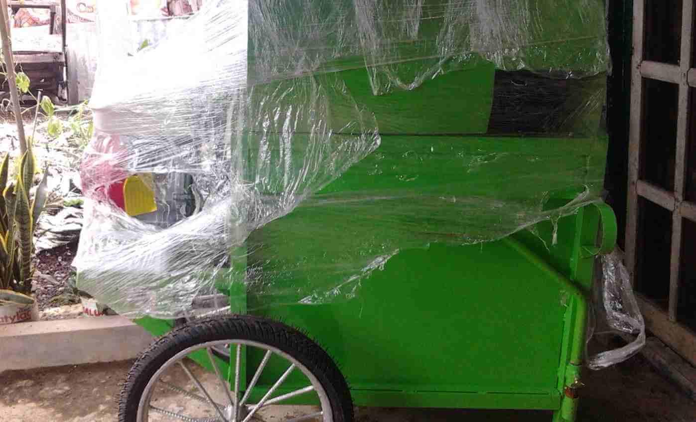 Kelompok Tani Sri Rejeki Desa Dagan Terima Bantuan Mesin Perontok Padi