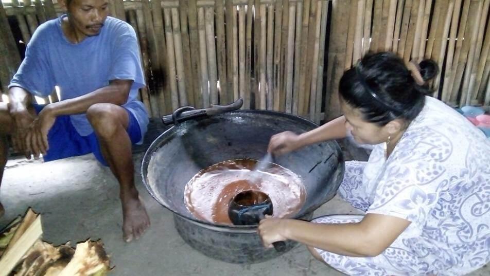 Lebih Dekat dengan Kang Sahid, Pengrajin Gula Kelapa dari Desa Dagan