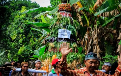 Warga Dusun 4 Gelar Kirab Budaya dan Santunan Anak Yatim