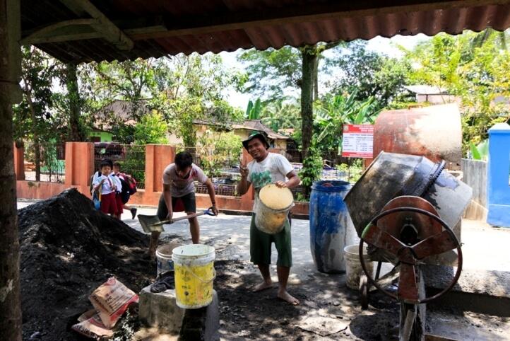 Pembangunan Infrastruktur Desa Dagan dari Anggaran DD 2017 Capai 75 persen